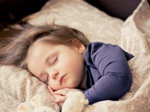 Melamil, la melatonina para niños con la que tendrán unos dulces sueños